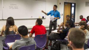 Học Tiếng Anh Thật Dễ - Luyện nghe qua bản tin VOA
